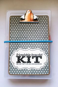 great gift idea for tween girls- friendship bracelet kit plus a link for directions for those who don't remember!