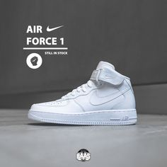 #nike #airforce1 #mid #sneakerbaas #baasbovenbaas  Nike Air Force 1 MID - Still in stock for men & ladies, priced at € 109,99  For more info about your order please send an e-mail to webshop #sneakerbaas.com!