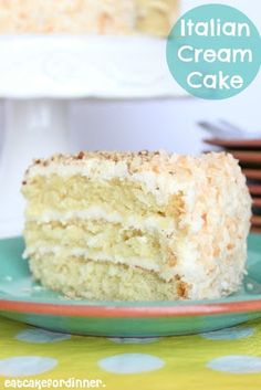 Eat Cake For Dinner: Billie's Italian Cream Cake This looks soooo good! Just Desserts, Delicious Desserts, Yummy Food, Sweet Recipes, Cake Recipes, Dessert Recipes, Yummy Treats, Sweet Treats, Italian Cream Cakes