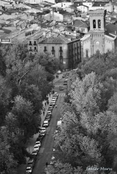 Calle del Bosquecillo.San Lorenzo. Pamplona, River, Outdoor, Old Photography, Antique Photos, Woods, Castles, Street, Cities