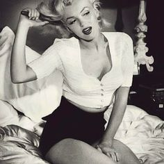 50's fashion - Marilyn Monroe <3