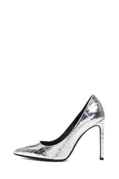 SAINT LAURENT | Paris Crocodile Embossed Calfskin Leather Pumps in Silver