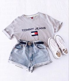 0caba1b238abd2 Jean shorts outfit with tshirt and converse shoes Cute Summer Outfits