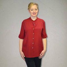 Women Blouse with mao collar. 46INPOI #plussize #fashion #uebergroessen #silk #seide #blouse #seidenblusen #madeinitaly