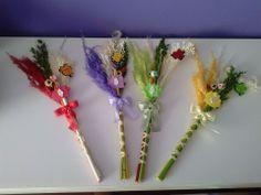 Palmas para el día de ramos hechas a mano decoradas con fieltro y goma eva.. bonitas y originales¡¡