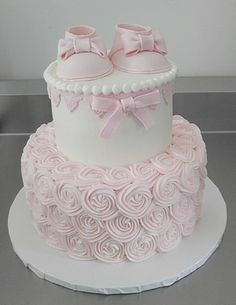 30 Gorgeous Baby Shower Cakes Ideas for Girls Tortas Baby Shower Niña, Gateau Baby Shower, Baby Shower Sweets, Girl Baby Shower Decorations, Girl Shower Cake, Baby Shower Cake For Girls, Ballerina Baby Showers, Rosette Cake, Baby Girl Cakes