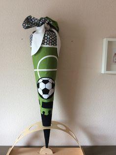 Schultüte,+Zuckertüte+Fußball,+Soccer+von+Pinkies+Place+auf+DaWanda.com