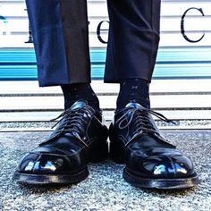 2017/11/16 08:34:49 michiieenn 2017.11.16〜革ログ〜 . おはようございます 本日はコードバン日和 . 張りきっていきましょう . #革靴#靴#靴好き#靴磨き#足元倶楽部#足もと倶楽部#今日の足元#shoes#alden#aldenarmy#aldenpeople#cordvan#cordovan#horween#shellcordovan#shoecare#shoeslover#オールデン#vtip#54331#コードバン#ホーウィン#革ログ#朝活