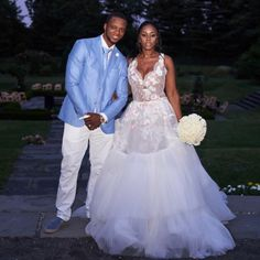 American rapper Remy Ma and her husband Papoose during this weekend renewed their wedding vows. The couple who have been married for 10 years decided to - BellaNaija Weddings. Wedding Renewal Vows, Wedding Day, Garden Wedding, Custom Wedding Dress, Wedding Dresses, Black Celebrity Couples, Starry Night Wedding, Black Celebrities, Expecting Baby