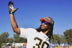 LA Rams Todd Gurley Shows Off His Hot Girlfriend