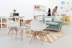 A bright, organized and stylish office design for a fashion, lifestyle and jewelry PR team. Tour Moderne Press's new space and read our designer Felice's tips for achieving a fun, practical and beautiful workspace.