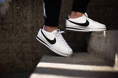 Nike Classic Cortez QS-White-Black