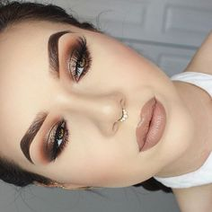"127.4 mil curtidas, 276 comentários - Too Faced Cosmetics (@toofaced) no Instagram: ""Peachy Glam @katherinekrdz used our Sweet Peach Eyeshadow Palette to get the look. #regram…"" Fall Eyeshadow Looks, Pink Eyeshadow Look, Eyeshadow Palette, Makeup Palette, Peach Palette Looks, Peach Pallette, Kiss Makeup, Beauty Makeup, Sweet Peach"