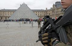 #world #news  French soldier fires on man trying to enter Louvre museum, man wounded
