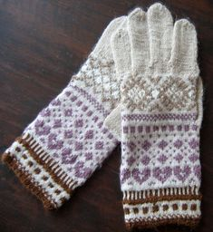 Hand knitted gloves. Patterned gloves mittens. by TiiuHandCraft