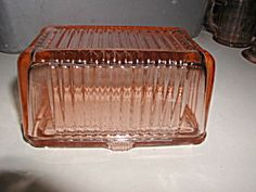 Depression Covered Pink Butter Dish (Image1)