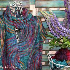 Ravelry: Aurora Borealis pattern by Svetlana Gordon Knitted Shawls, Crochet Shawl, Knit Crochet, Knitting Designs, Knitting Patterns, Shawl Patterns, Sweater Patterns, Knitting Accessories, Shawls And Wraps