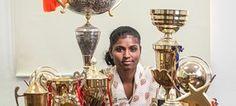 La joven india ha ganado numerosos trofeos y practica varios deportes / Fotografía: Magic Bus