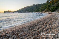 Beach Méjan, Toulon, France #longbeach #pebbles #evening #shallowwater #ocean #romantic #seashore #seaside #vacation #fun