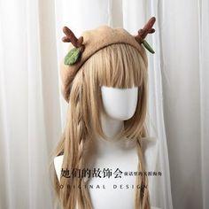 Deer Kawaii Xmas Wool Beret Kawaii Aesthetic Clothing at Deer Doll Harajuku Fashion, Kawaii Fashion, Lolita Fashion, Fashion Outfits, Punk Fashion, Beret Outfit, Kawaii Accessories, Wool Berets, Cute Hats