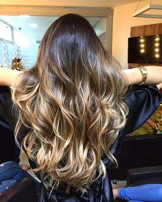 #juliastudioliss#studiolissbeautyhair#goiânia#gyn#brasil#olaplex#wella#wellacolor#cabelos#cabelodivo#cabelosluxuosos#morenailuminada#morena####