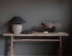 Prachtige oude houten sidetable | AURA PEEPERKORN INTERIEUR | www.aurapeeperkorn.nl