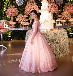 Elegant Prom Dresses, Formal Dresses, Sweet Fifteen, Ball Gown Dresses, Quinceanera Ideas, Clothes, Show, 15 Years, Fashion