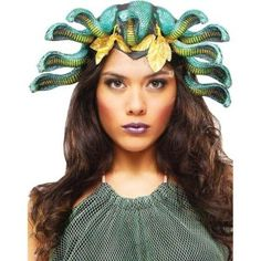 Don't look into her eyes or you'll turn to stone! This Medusa Headpiece is a must-have Halloween accessory for your Medusa costume. Medusa Halloween Costume, Halloween Costume Accessories, Halloween Party, Medusa Headpiece, Medusa Snake, Turn To Stone, Costume Tutorial, Fun World, Cool Costumes