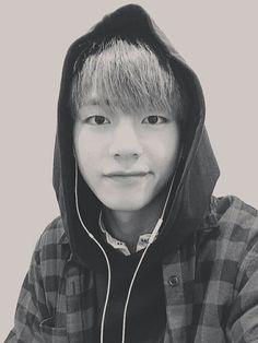 V |  Kim Taehyung