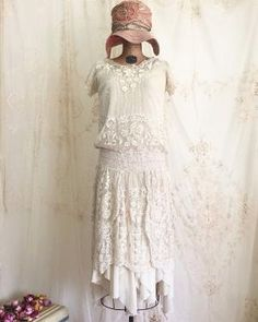 1920s Lace Flapper Dress / Vintage Flapper by LacyDressesVintage by brookeO