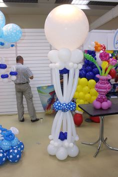 Balloon Pillars, Balloon Arch, Balloons, Balloon Ideas, Balloon Decorations Party, Birthday Party Decorations, Birthday Parties, Wedding Decorations, Holidays And Events