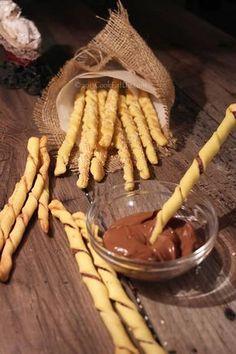 Κριτσίνια στριφτάρια Greek Desserts, Greek Recipes, Chocolate Fondue, Nutella, Donuts, Almond, Dessert Recipes, Food And Drink, Pie