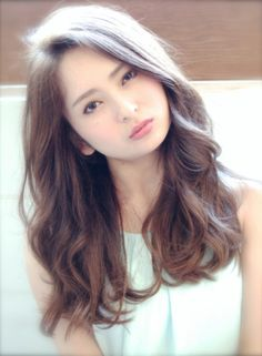just a little shorter then be prefect.this looks good on her Kawaii Hairstyles, Permed Hairstyles, Medium Hair Styles, Curly Hair Styles, Korean Hairstyles Women, Japanese Hairstyle, Mid Length Hair, Long Wavy Hair, Her Hair