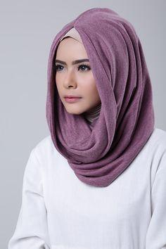 Violet Turban Tutorial, Hijab Style Tutorial, Hijab Gown, Turban Hijab, Modest Fashion, Hijab Fashion, Mode Turban, Diana, Eid Outfits