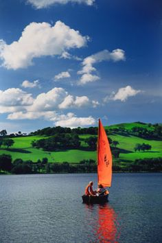 Sailing on Bala Lake, N. Adventure Photos, Adventure Travel, Ocean Springs, Republic Of Ireland, Sail Away, Fishing Boats, Luxury Travel, Great Britain, Trip Planning