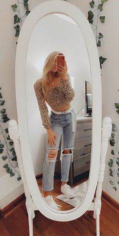 30 schöne Streetstyles Source by teenage outfits Teenage Outfits, Teen Fashion Outfits, Look Fashion, Outfits For Teens, Korean Fashion, 70s Fashion, Fashion Clothes, Fashion Dresses, Preteen Fashion