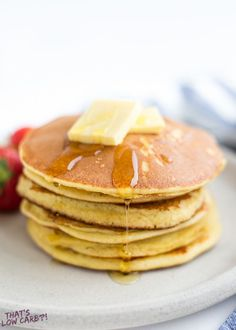 The Best Keto Pancakes recipe that has ever been made in our household! Made with just 6 ingredients this keto pancake mix is so easy to whip together. Sunday morning pancakes will become a normal here on out. Best Keto Pancakes, Low Carb Pancakes, Banana Pancakes, Almond Pancakes, Low Carb Keto, Low Carb Recipes, Breakfast Recipes, Snack Recipes, Dessert Recipes