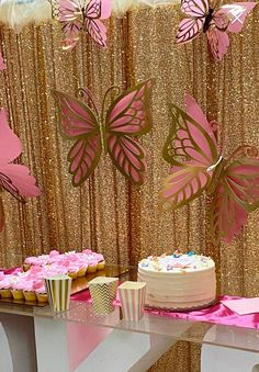 Butterfly Birthday Party, Butterfly Baby Shower, Butterfly Wedding, Butterfly Wall, Baby Birthday, Paper Butterflies, Pink Butterfly, Beautiful Butterflies, Birthday Ideas
