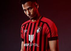 Sports Shops, Jd Sports, Afc Bournemouth, Football Kits, Black Shorts, Classic Looks, Black Stripes, Mens Tops, How To Wear