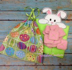 Felt Bunny Tic Tac Toe Game with Drawstring by TrinaLouCreations