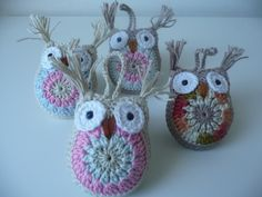Made by Deni . Crochet Earrings, Owl, Christmas Ornaments, Knitting, Holiday Decor, Blog, Handmade, Home Decor, Slipper