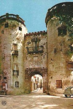 Porte de France in Céret, Pyrénées Orientales