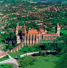 Hunedoara - Corvinesti (Corvinilor) Castle , Romania  #travel