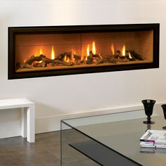 There really is no better way to describe Gazco's stunning Studio gas fires. Adding instant style and presence to any modern interior. Focus Fireplaces, Gas Fireplace Logs, Fireplace Surrounds, Fireplace Ideas, Electric Log Burner, Modern Electric Fires, Fireplace Showroom, Fireplace Suites, Coastal Living Rooms