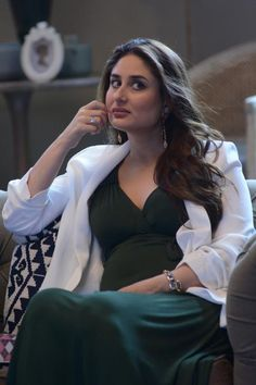 Kareena reveals the real reason behind Geet's popularity from Jab We Met! Find Out