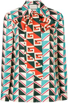 8d9c29f322b Gucci geometric print blouse with pussy bow Printed Blouse
