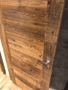 Wooden Garage Doors, Wood Entry Doors, Pine Interior Doors, Wooden Main Door Design, Front Door Design, Kitchen Wallpaper Accent Wall, Entry Doors With Glass, Solid Wood, Chalet Interior