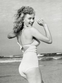 Marilyn Monroe Early / Free Shipping