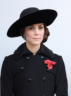 Kate Middleton and Prince William Honor Fallen Soldiers on Remembrance Sunday