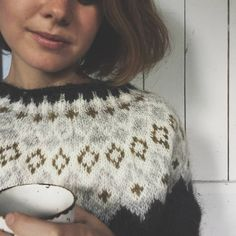 Morning coffee and an urge to share with you this finished sweater 😺Thank you all so much for the positive feedback in my previous posts on… Knitting Designs, Knitting Projects, Nordic Sweater, Icelandic Sweaters, Knit Shrug, Learn How To Knit, Hand Knitted Sweaters, Cardigan Pattern, Sweater Design